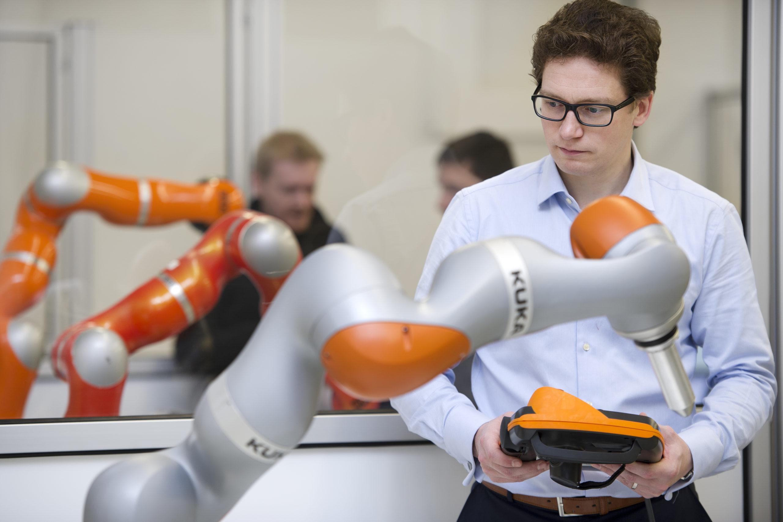 Robotik Region Augsburg Zukunft für Mensch und Industrie 4.0 KUKA