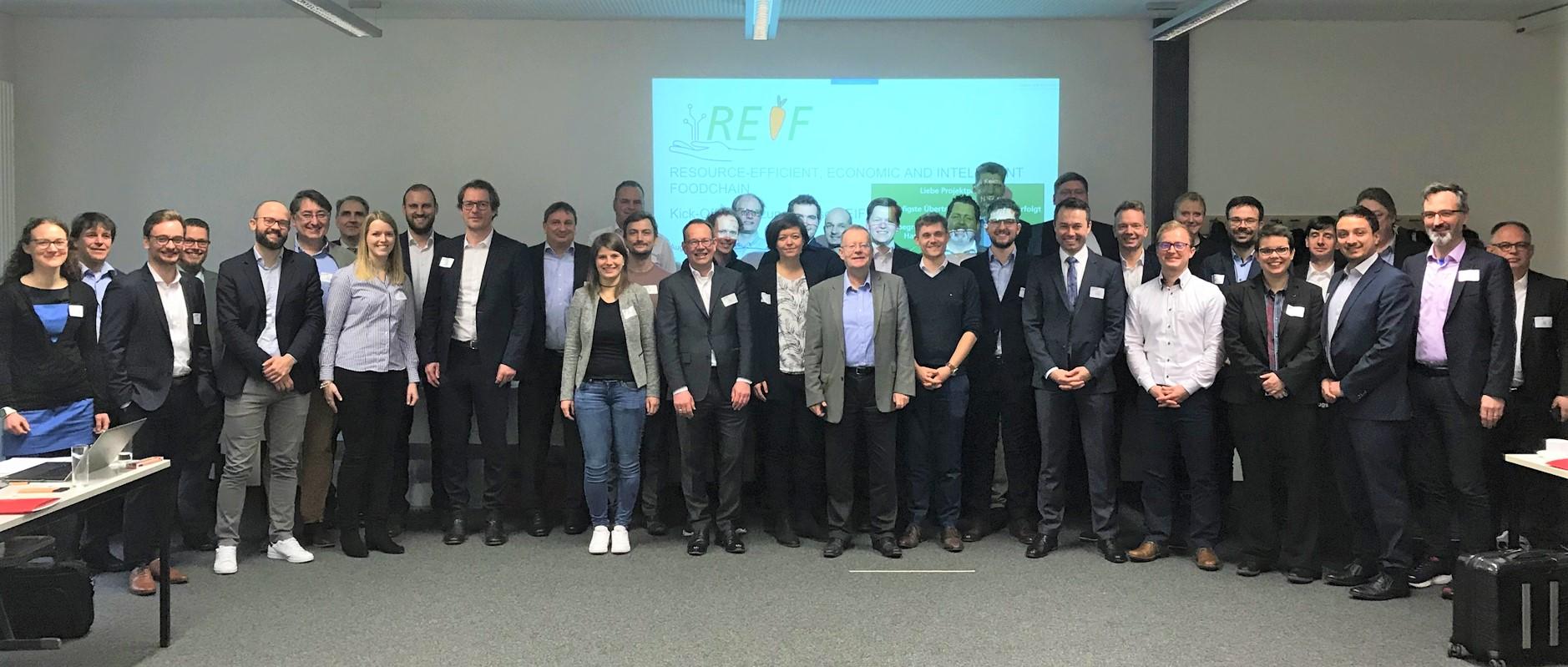 Im März kamen an der Hochschule Augsburg die Projektpartner zur Auftaktveranstaltung der Umsetzungsphase des Projekts REIF zusammen