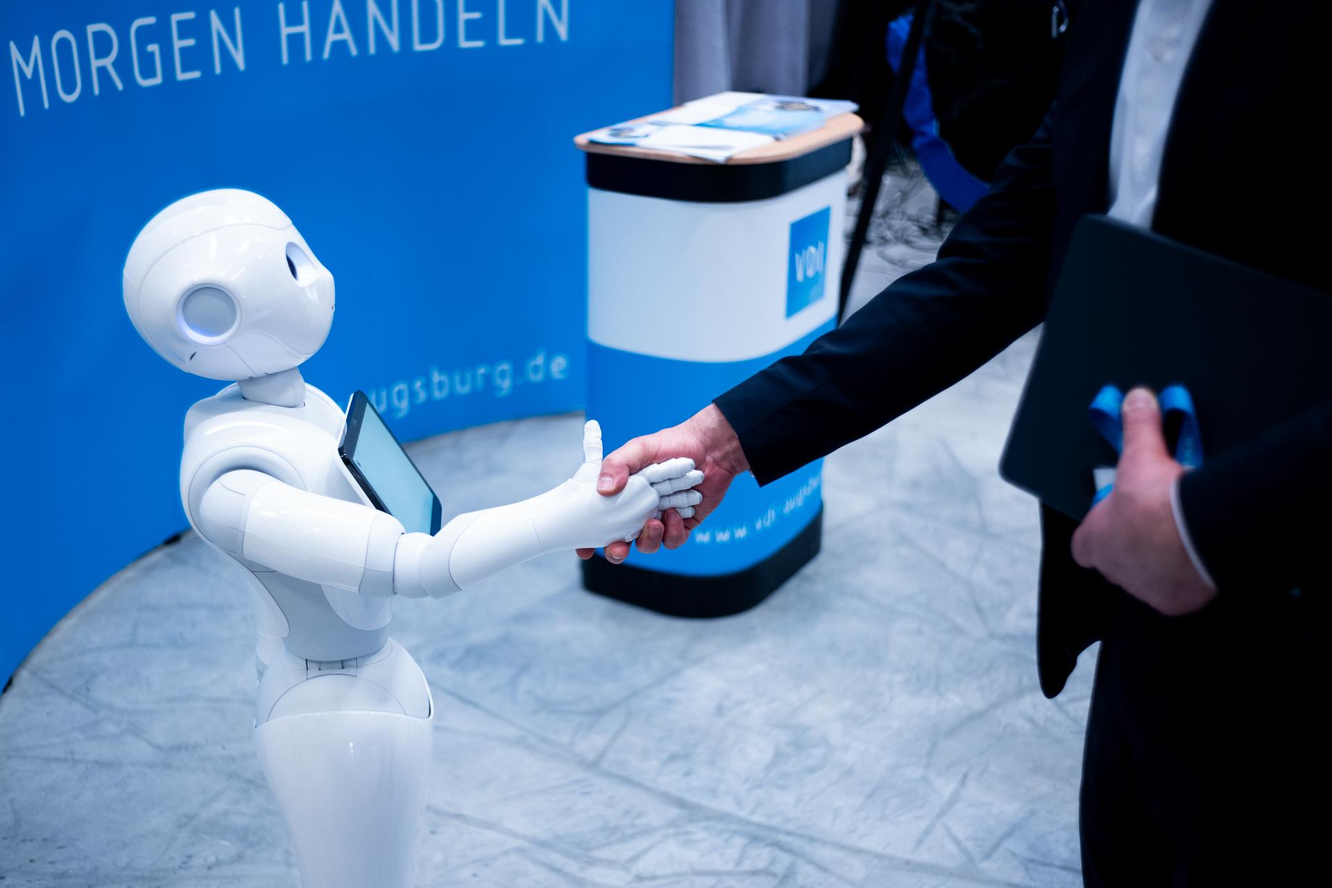 Maschine und Mensch