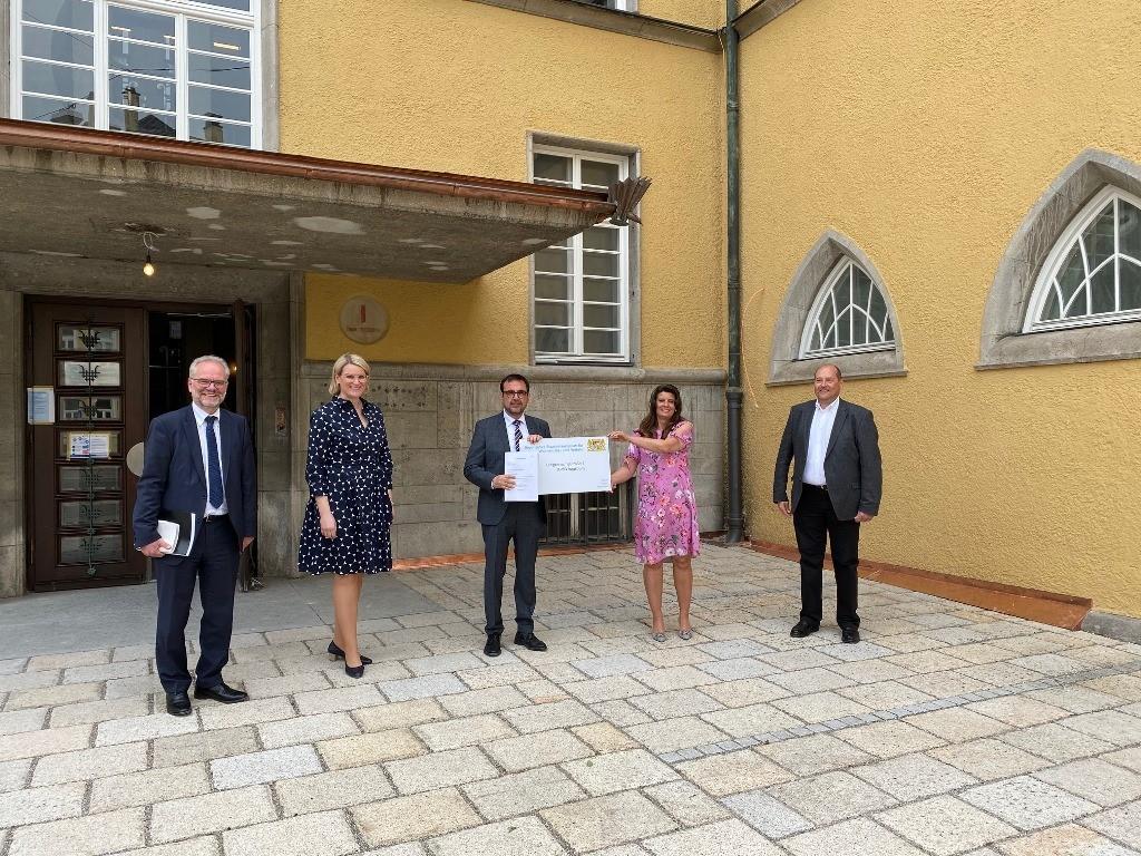 Teilverlagerung des Bauministeriums nach Augsburg 2020: Gruppenfoto