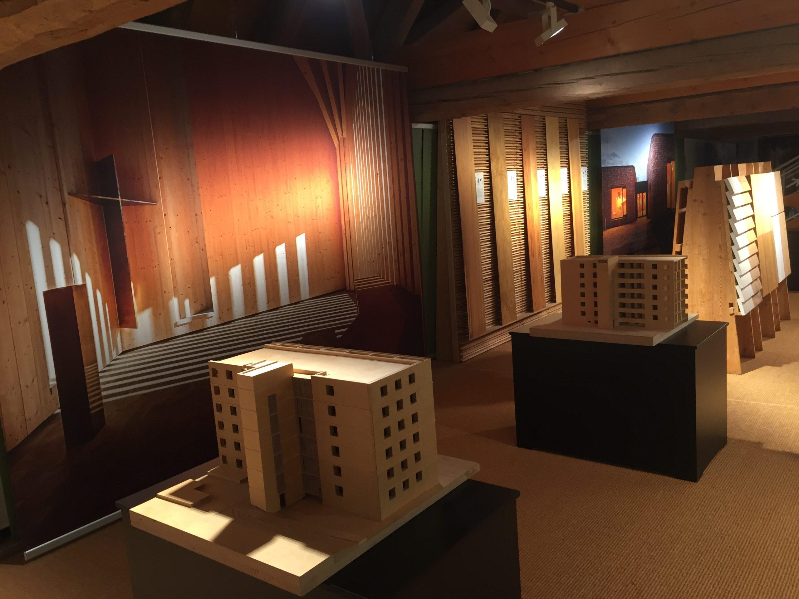 20200910_Ausstellung Bauen mit Holz