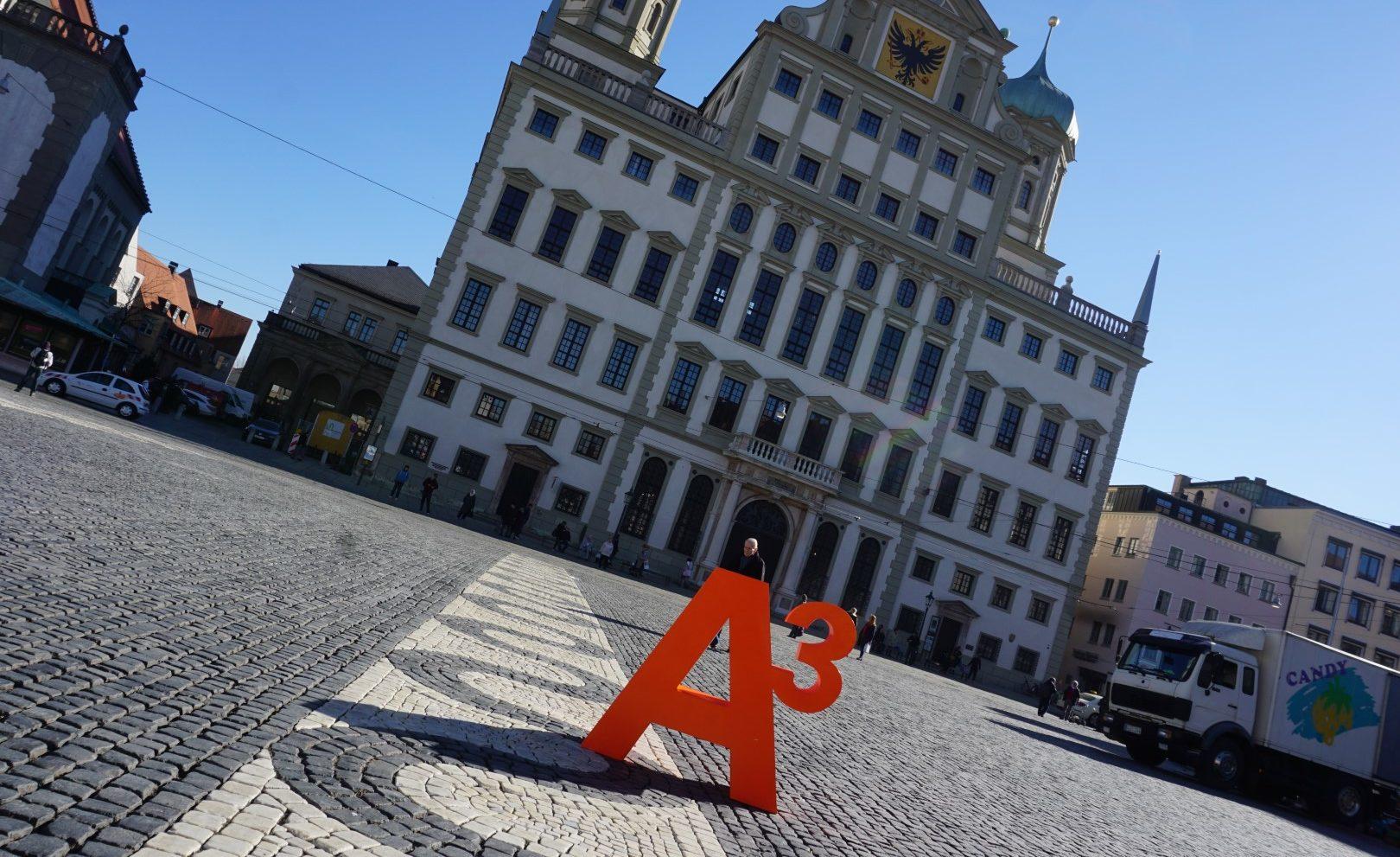 A³ in der Stadt Augsburg: Rathausplatz (Symbolbild)
