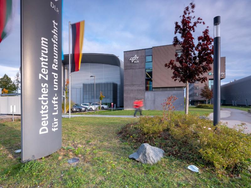 DLR und Fraunhofer-Institut im Augsburg Innovationspark