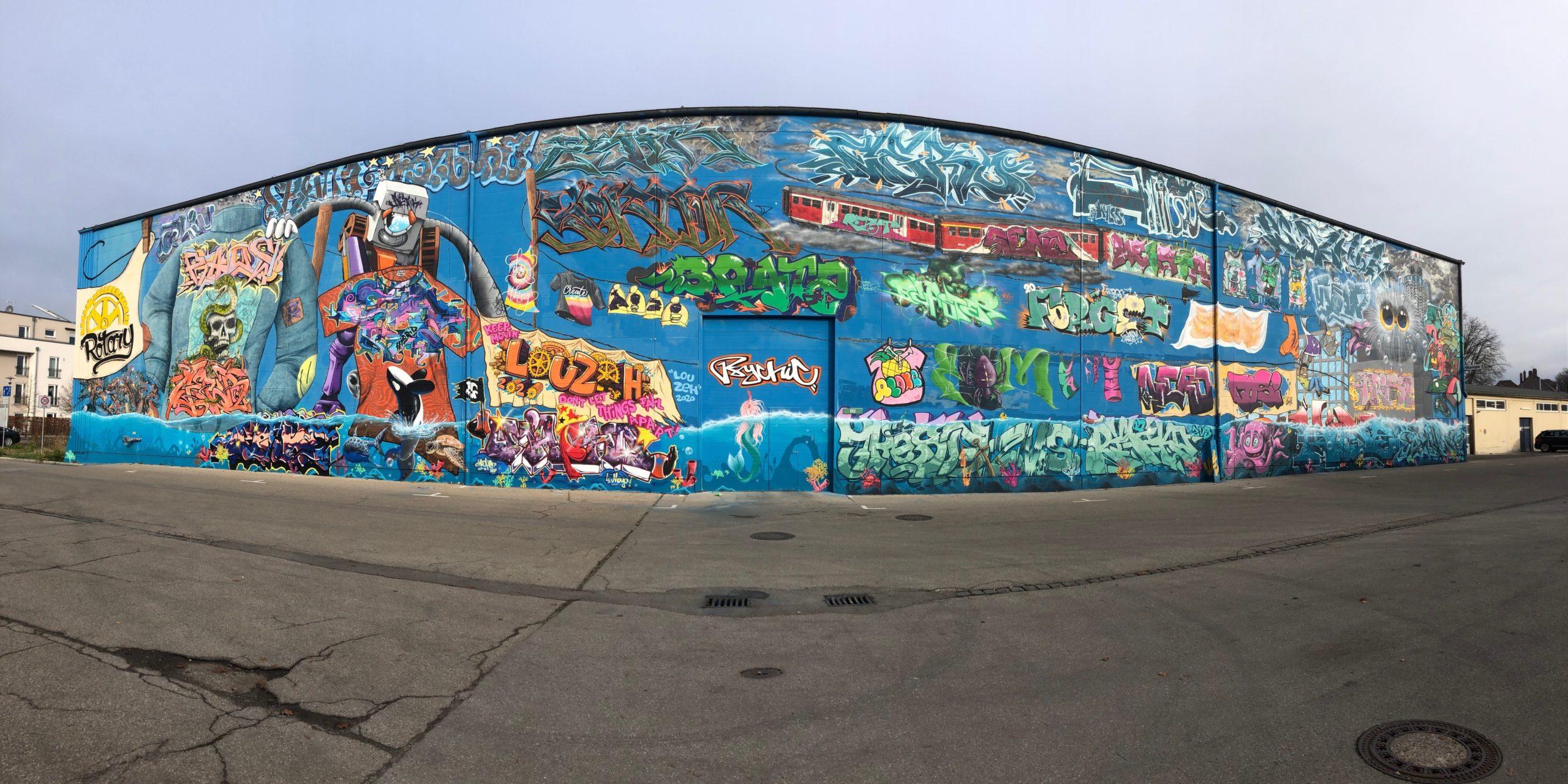 DIERIG Holding AG: Dierig-Gelände in Pfersee mit Grafitti-Wand