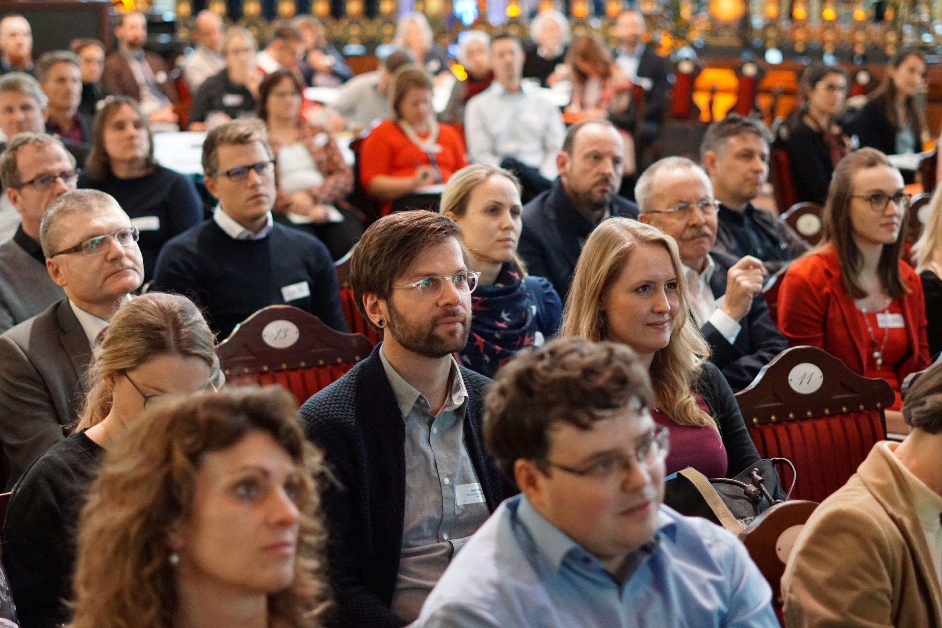 Einblicke in den 2. Nachhaltigkeitstag Wirtschaft 2018 im Parktheater Kurhaus Göggingen.