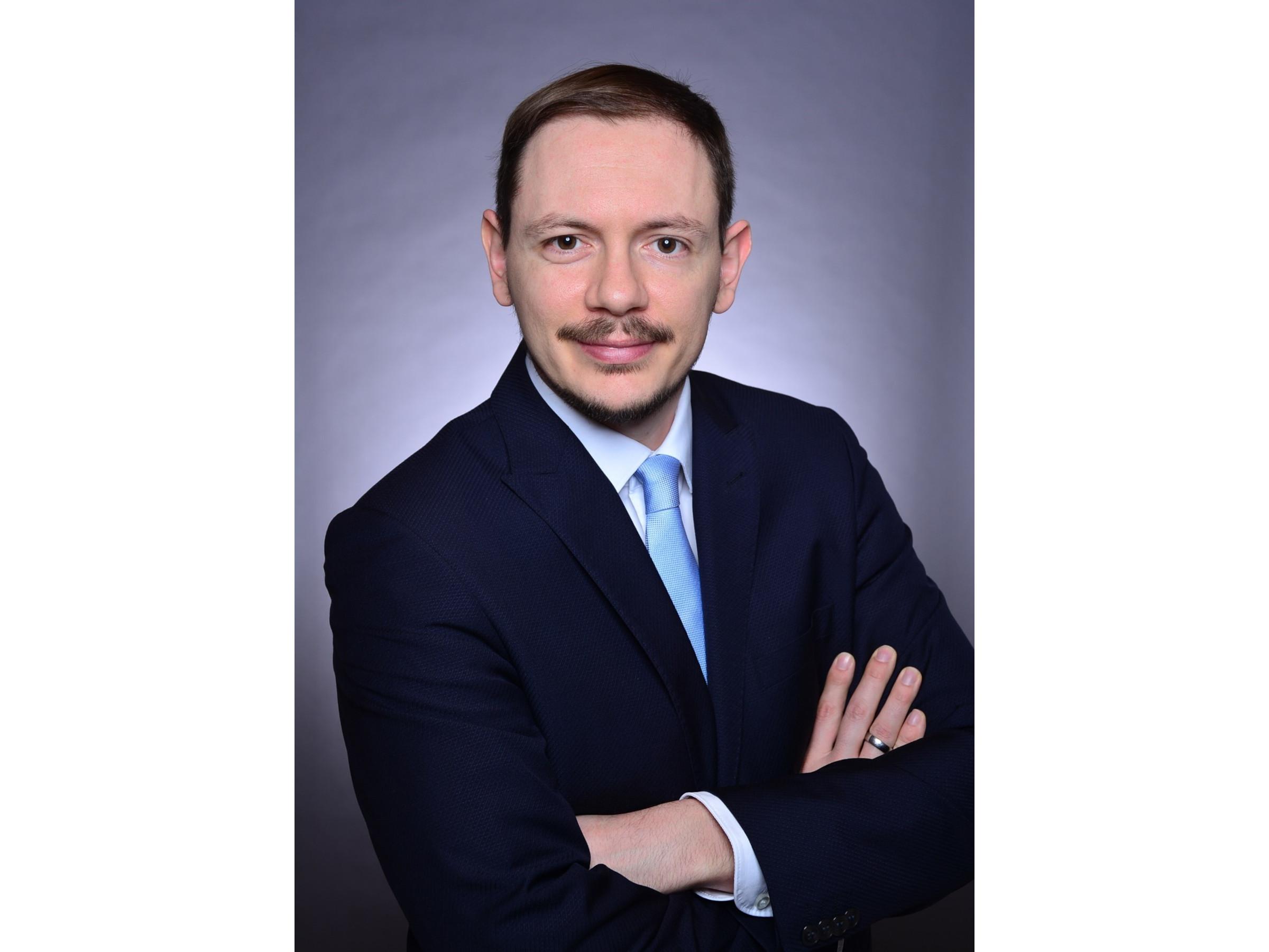 Prof. Dr. Markus Sause