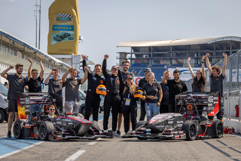 Das Team von Starkstrom Augsburg konnte bei der Formula Student Germany überzeugen.