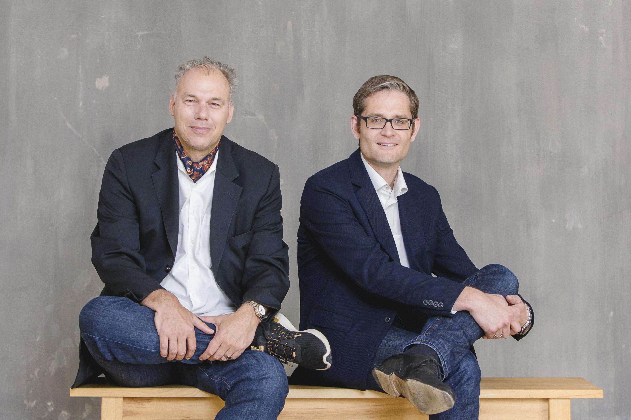 Eiko Trausch (links) und Thomas Weishaupt (rechts), Geschäftsführer der SEWOBE AG.