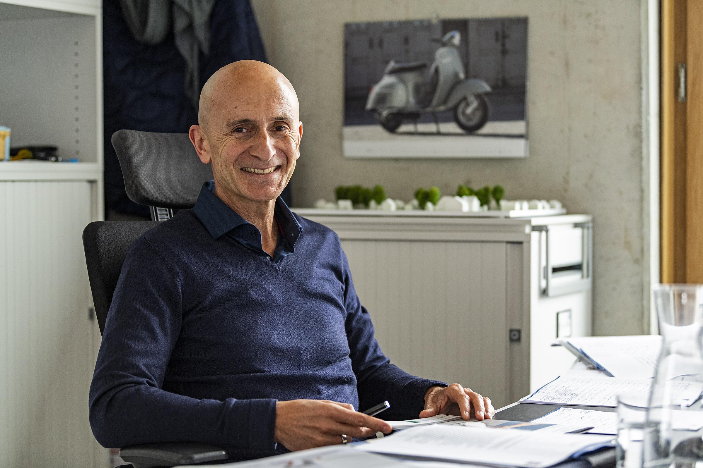 Bernhard Jakob, Geschäftsführer der asset bauen wohnen gmbh im Interview